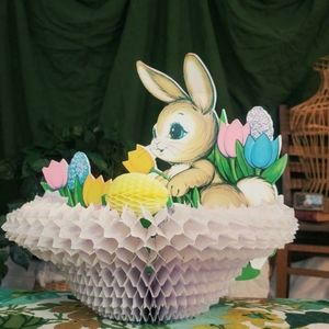 Vintage Easter bunny 3D accordion decoration.
